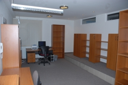 Office premises for sale - 650 m2 - Radlinskeho street