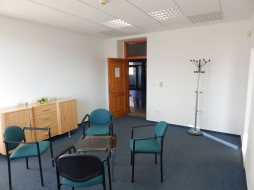 Office premises for rent - 40 m2 - Kukuricna