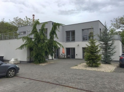 Building - company main office for sale – Hrobarska street