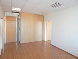 Kancelárske priestory na prenájom - 14 m2 - Bajkalská